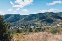 Panorama delle montagne di Ardeche Fotografie Stock Libere da Diritti