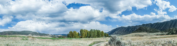Panorama delle montagne di Colorado, nuovo castello Fotografia Stock Libera da Diritti