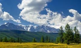 Panorama delle montagne di Nord-Chuya, Altai, Russia Fotografia Stock Libera da Diritti
