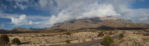 Panorama delle montagne di Sandia Fotografie Stock Libere da Diritti