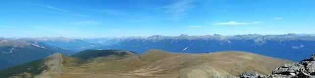 Panorama delle montagne rocciose Fotografia Stock Libera da Diritti