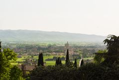 Panorama in den Umgebungen von Assisi in Italien lizenzfreie stockfotografie
