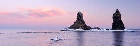 Panorama der Felsen zwei Brüder. Lizenzfreies Stockfoto