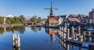 Panorama der historischen Windmühle De Adriaan in Haarlem Lizenzfreies Stockfoto