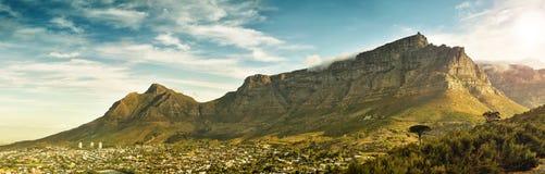 Panorama der hohen Auflösung des ikonenhaften Weltwunders, Tabellenberg lizenzfreie stockfotos
