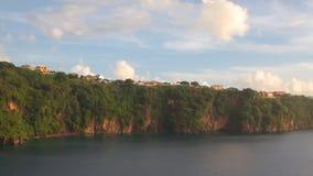 Panorama der Küste von Tropeninsel Kingstown, Heiliges Vincent und Grenadinen stock video footage