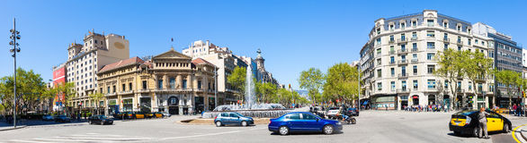 Panorama der Kreuzung von Gran über und von Passeig de Gracia Stockfotos
