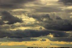 Panorama der Kumulus-Wolken Lizenzfreie Stockfotos