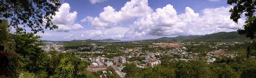 Panorama der Phuket-Stadt Stockfotos