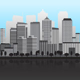 Panorama der Stadt mit großen Gebäuden Stockfotografie