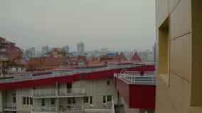 Panorama der Stadt von den obersten Stockwerken stock video footage