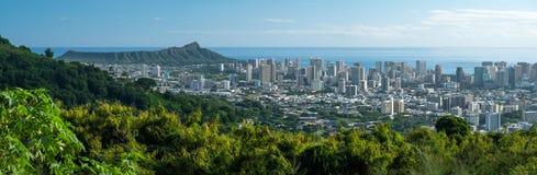 Panorama der Stadt von Honolulu lizenzfreies stockbild
