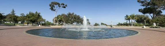 Panorama des Brunnens stockbilder