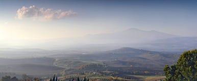 Panorama des collines de la Toscane images stock