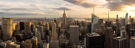 Panorama des Empire State Building und der New- York Cityskyline stockfoto