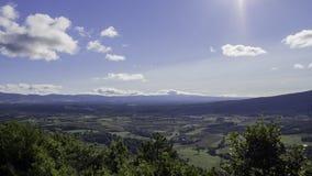 Panorama des frühen Morgens des Südens von Frankreich lizenzfreie stockbilder