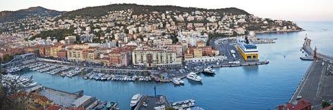 Panorama des Hafens Lympia, Nizza, Frankreich Lizenzfreie Stockbilder