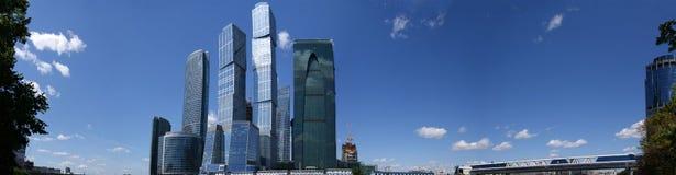 Panorama des internationalen Geschäftszentrums in M Stockbild