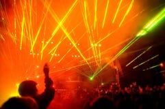 Panorama des Konzerts, Laser-Erscheinen lizenzfreie stockbilder