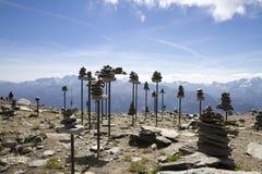 Panorama des montagnes alpines, pyramides, Suisse image stock