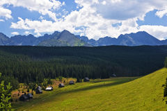 Panorama des montagnes polonaises de Tatra Images stock