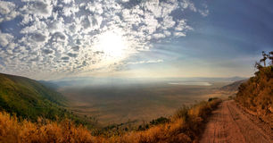 Panorama des Ngorongoro Kraters Stockbild