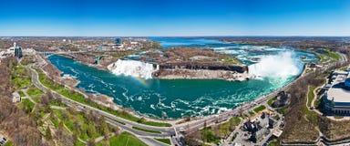 Panorama des Niagara Falls Stockfotografie
