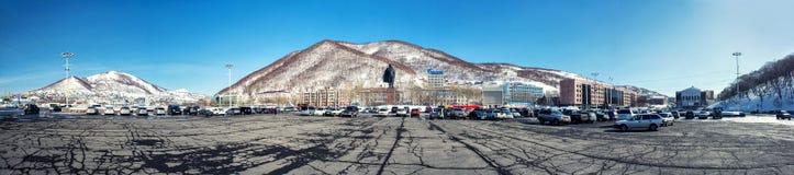 Panorama des Petropawlowsk--KamchatskyStadtzentrums Stockfotos