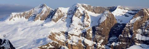 Panorama des Pyrénées Photographie stock libre de droits