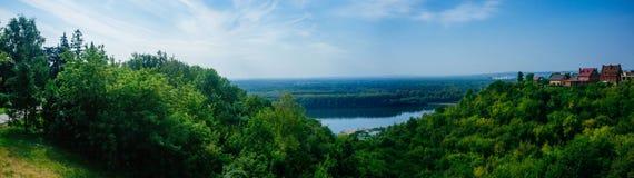 Panorama des russischen Mutterlands-- Fluss Ufas Belaya Lizenzfreies Stockfoto