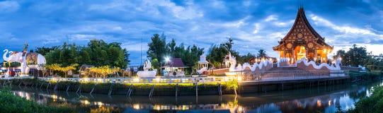 Panorama des siamesischen Tempels Lizenzfreies Stockfoto
