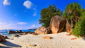 Panorama des Strandes Anse Lazio, Seychellen Stockbild