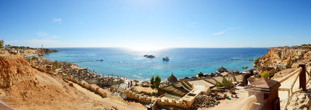 Panorama des Strandes im Luxushotel Stockfotografie