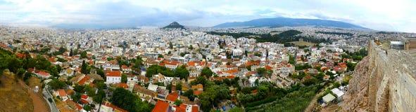 Panorama detalhado da opinião do bird's-olho de Atenas Grécia sobre o la fotografia de stock royalty free