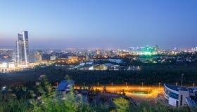 Panorama di Almaty uguagliante Immagini Stock Libere da Diritti