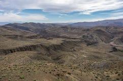 Panorama di alta catena montuosa dell'atlante dal passaggio, Marocco Fotografie Stock