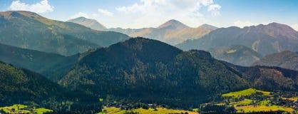 Panorama di alta cresta della montagna di Tatras in Polonia Immagini Stock Libere da Diritti