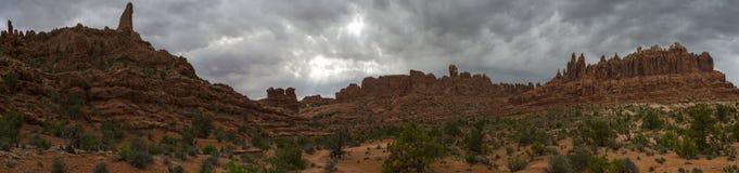 Panorama di alta qualità della traccia dell'arco della torre Immagini Stock