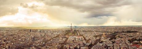 Panorama di alta risoluzione dell'orizzonte di Parigi con la torre Eiffel Immagine Stock Libera da Diritti