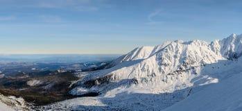 Panorama di alta risoluzione delle montagne di Tatra vicino ai Wi di Kasprowy Fotografie Stock