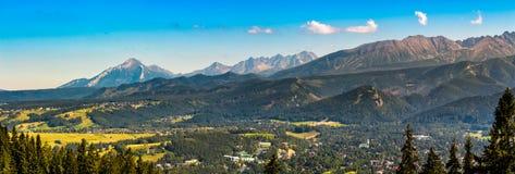 Panorama di alte montagne di Tatra Immagini Stock