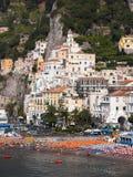 Panorama di Amalfi del villaggio Immagini Stock Libere da Diritti