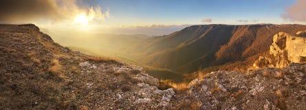 Panorama di autunno della montagna Fotografia Stock Libera da Diritti
