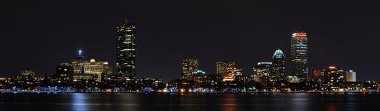 Panorama di Boston di notte Fotografie Stock