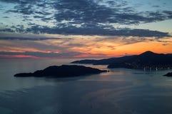 Panorama di Budua Riviera visto da Sveti Stefan Lookout Point Fotografia Stock