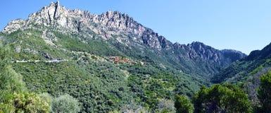 Panorama di Capu Ota Mountain e del canyon di Spelunca Fotografia Stock