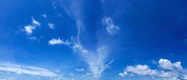 Panorama di cielo blu Fotografie Stock