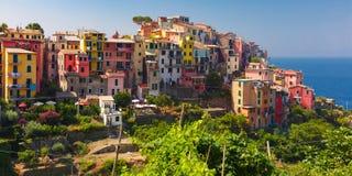 Panorama di Corniglia, Cinque Terre, Liguria, Italia immagine stock