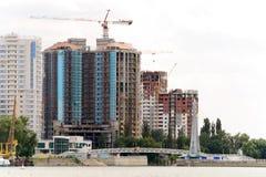 Panorama di costruzione di nuova città fotografia stock