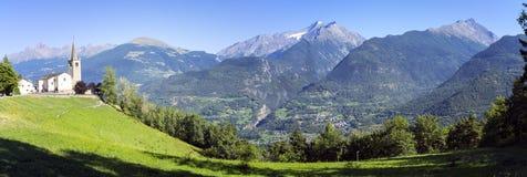 Panorama di estate della valle d'Aosta Immagine di colore Immagine Stock Libera da Diritti